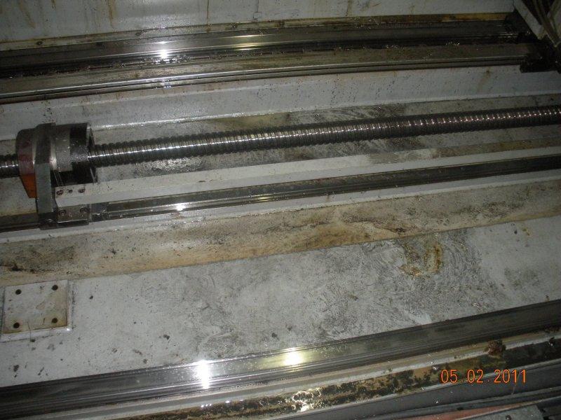 Spindel-einer-CNC-Fraese-dreckig